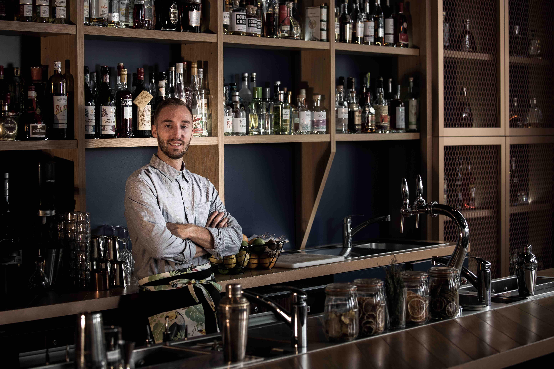 Description de Germain Canto, vendre des cocktails avec le DISC